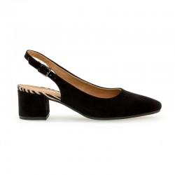 Melnas zamšādas kurpes ar vaļēju aizmuguri Gabor 42.230.37