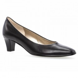 Klasiskas melnas sieviešu kurpes Gabor 05.180.37