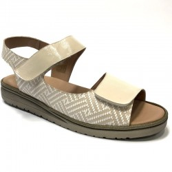 Sieviešu sandales platākai pēdai PieSanto 210817