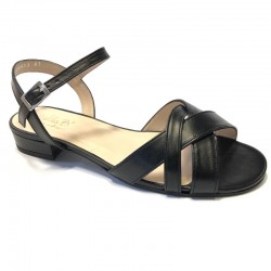 Didelio dydžio juodi sandalai moterims Bella b. 7436.006