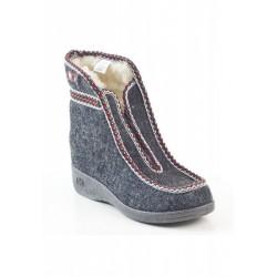 Winter slippers 370011