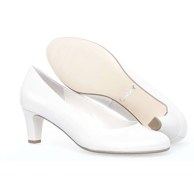 ce8dc316d515 White natural leather bridal wedding shoes