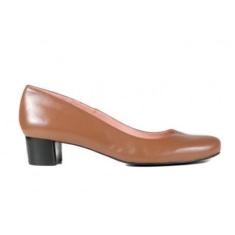 Brūnas liela izmēra sieviešu kurpes uz vidēja papēža XAIRA XA0195