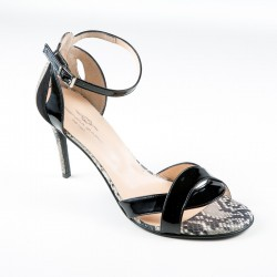 Didelių dydžių batai. Aukštakulnės basutės. Brenda Zaro T3120A