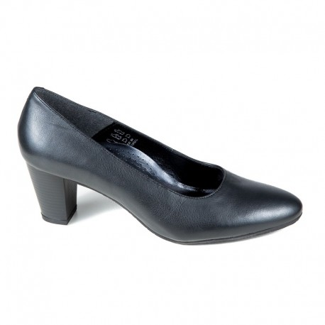 Sieviešu kurpes uz vidēja papēža Bella b. 4003.043