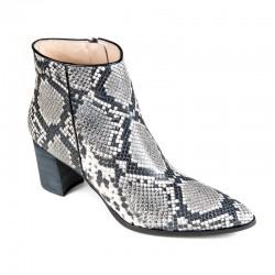 демисезонные ботинки большого размера Brenda Zaro T2904G